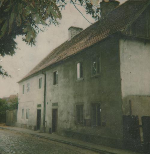 Wohnhaus der Familie Heilig in Unruhstadt, undatiert, Nachkriegsaufnahme